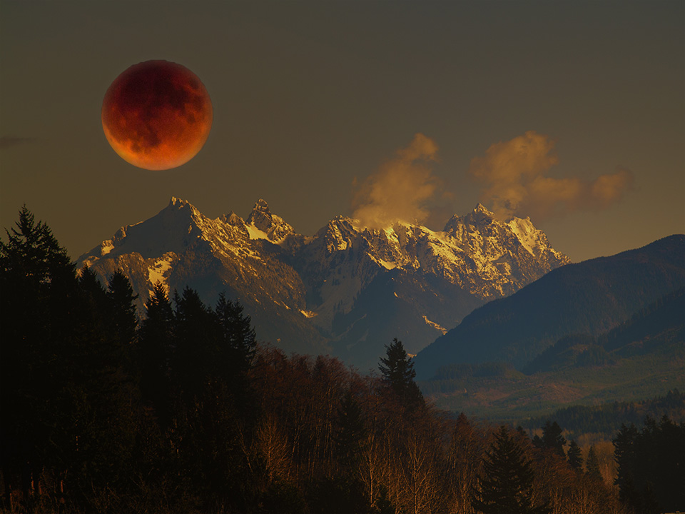 Super duper blood moon